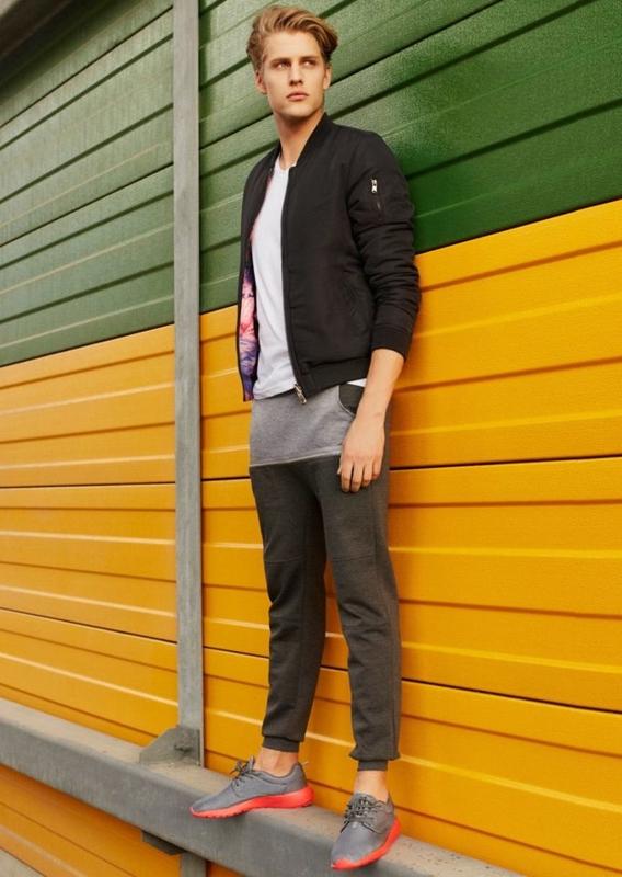 Stylizacja nr 73 - kurtka, T-shirt, spodnie baggy