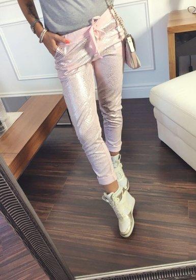 Spodnie dresowe damskie różowe Denley 0840