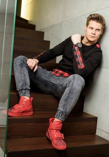 Stylizacja nr 157 - bluza bez kaptura, spodnie jeansowe joggery, buty sneakersy